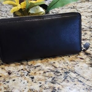 Lord and Taylor Black Leather Wallet NWOT